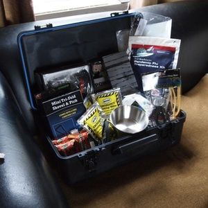 Disaster Emergency Survival Kit Bug Out DELUXE